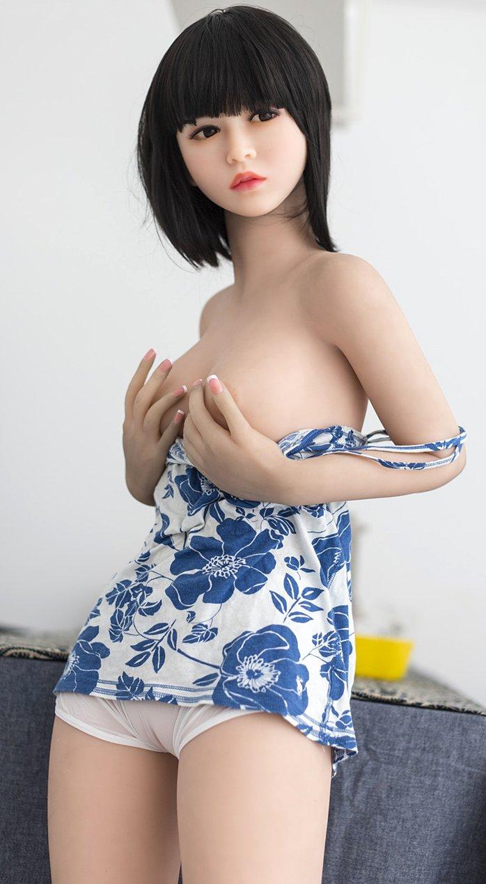 Liebespuppe Lebensecht realistische Sexpuppe mit Klein Brust – Juli 145cm